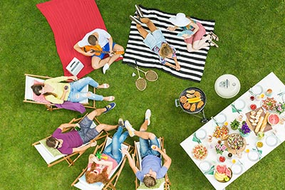 As Summer Nears, Homeowners Have Outdoor Parties in Mind