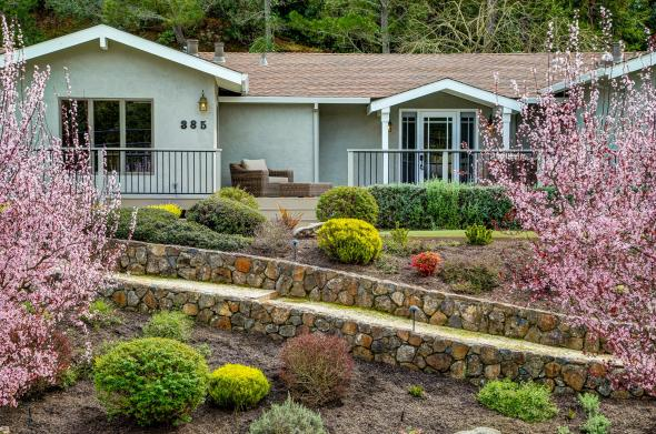 385 Fairway Drive, Novato #3