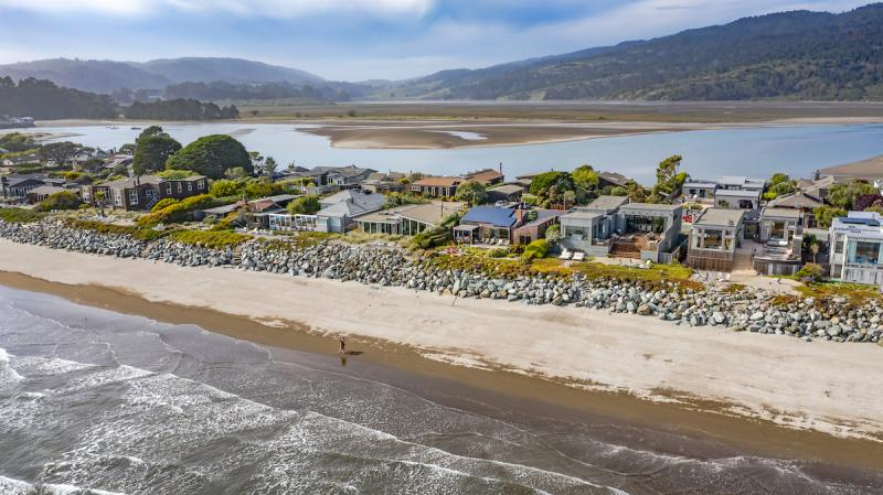 320 Seadrift Road, Stinson Beach #44