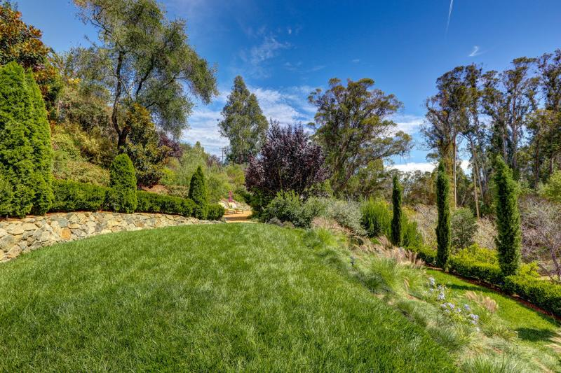 311 Summit Avenue , San Rafael  #42